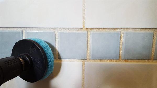 limpieza profunda de los azulejos