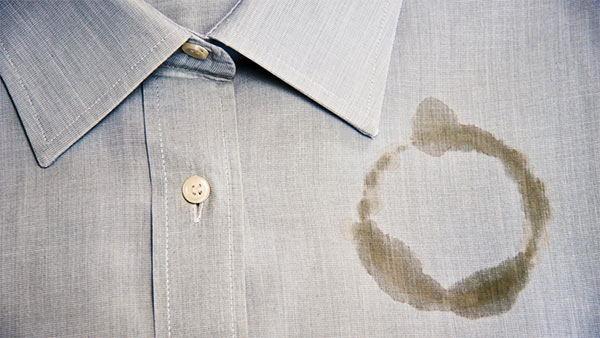 quitar manchas de aceite de la ropa