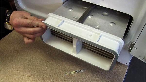 limpiar el exterior de la secadora