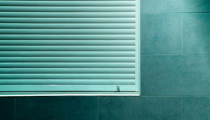 limpiar las persianas por fuera