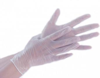 manos con guantes de vinilo
