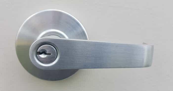 Desinfección de objetos de aluminio