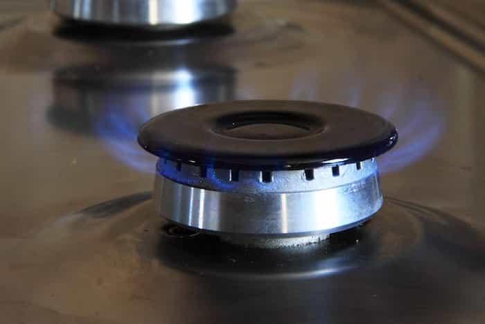Quemador de gas de la cocina limpio